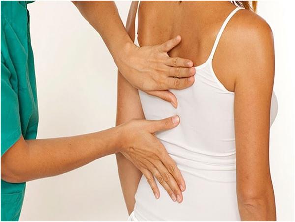 Симптомы и лечение защемление нерва (корешкового синдрома) в грудном отделе. Защемление нерва в грудном отделе лечение дома