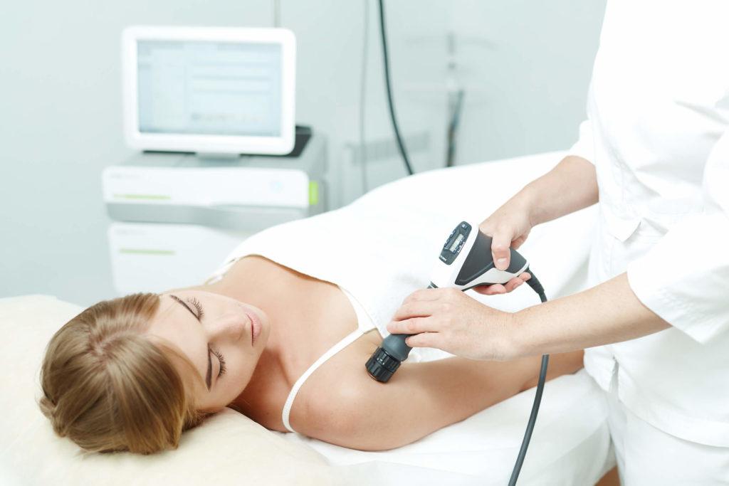 Ударно-волновая терапия – показания и противопоказания, клиническая эффективность