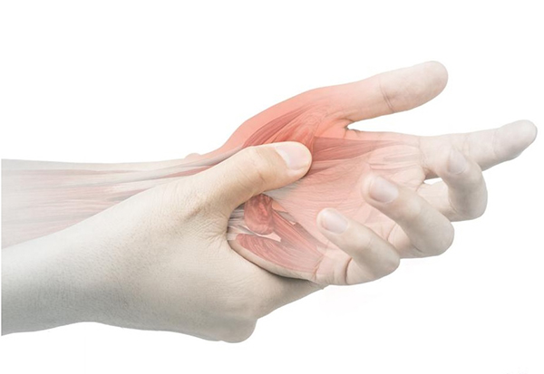 Растяжение связок руки симптоматика причины возникновения лечение