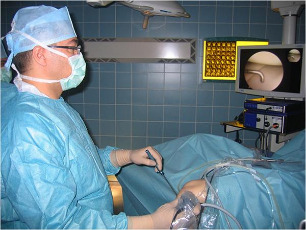 Пластика ПКС коленного сустава причины симптомы стоимость операции и показания к ней