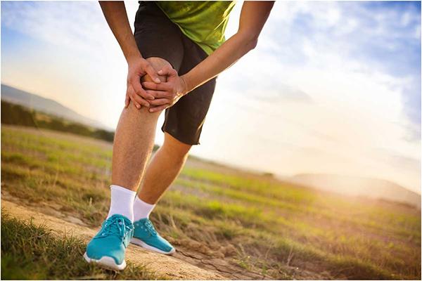 Причины и лечение боли в коленях после бега