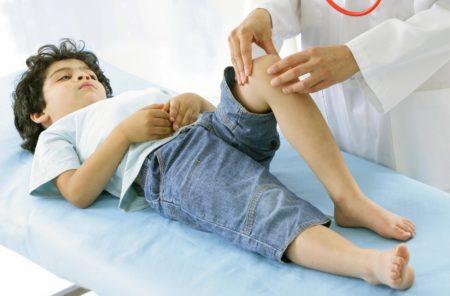 Переразгибание коленного сустава у детей