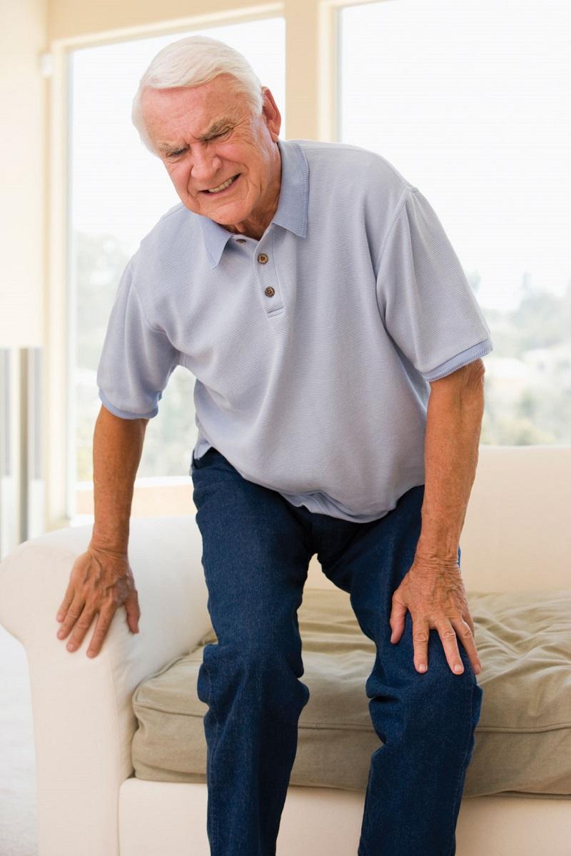 Средства от боли в коленях у пожилых людей